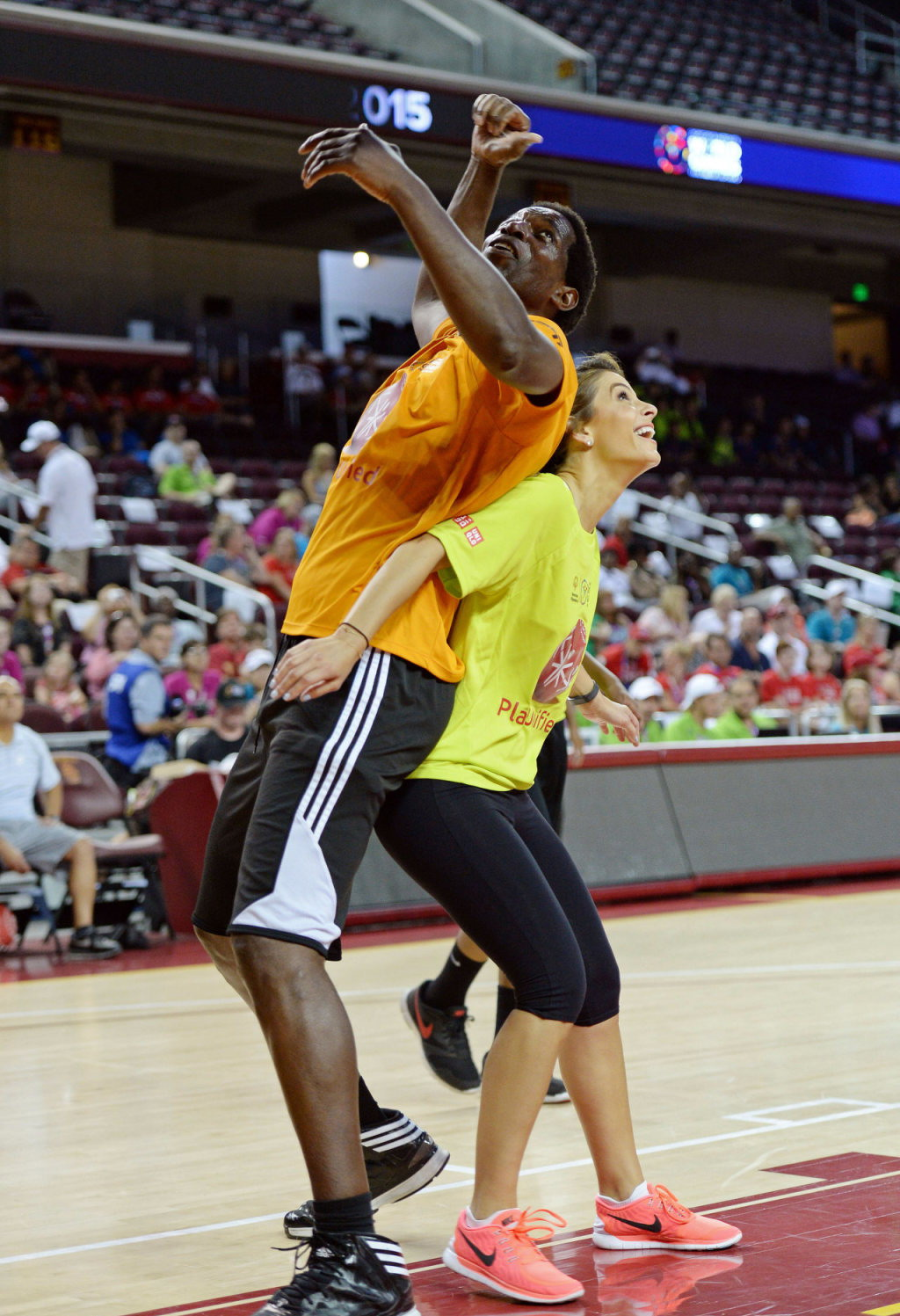 College basketball: UTEP, FIU match buzzer-beaters in men ...