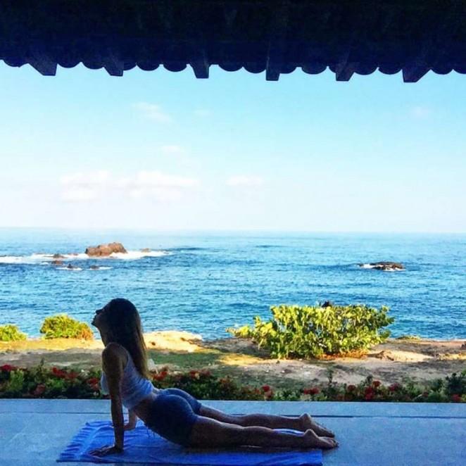 Maria Menounos Doing Yoga in Mexico