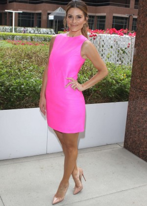 Maria Menounos in Pink Dress at E! News Anchor in LA