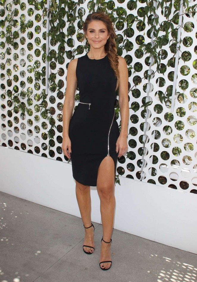 Maria Menounos - Finishes up her First Week as E! News Anchor in LA