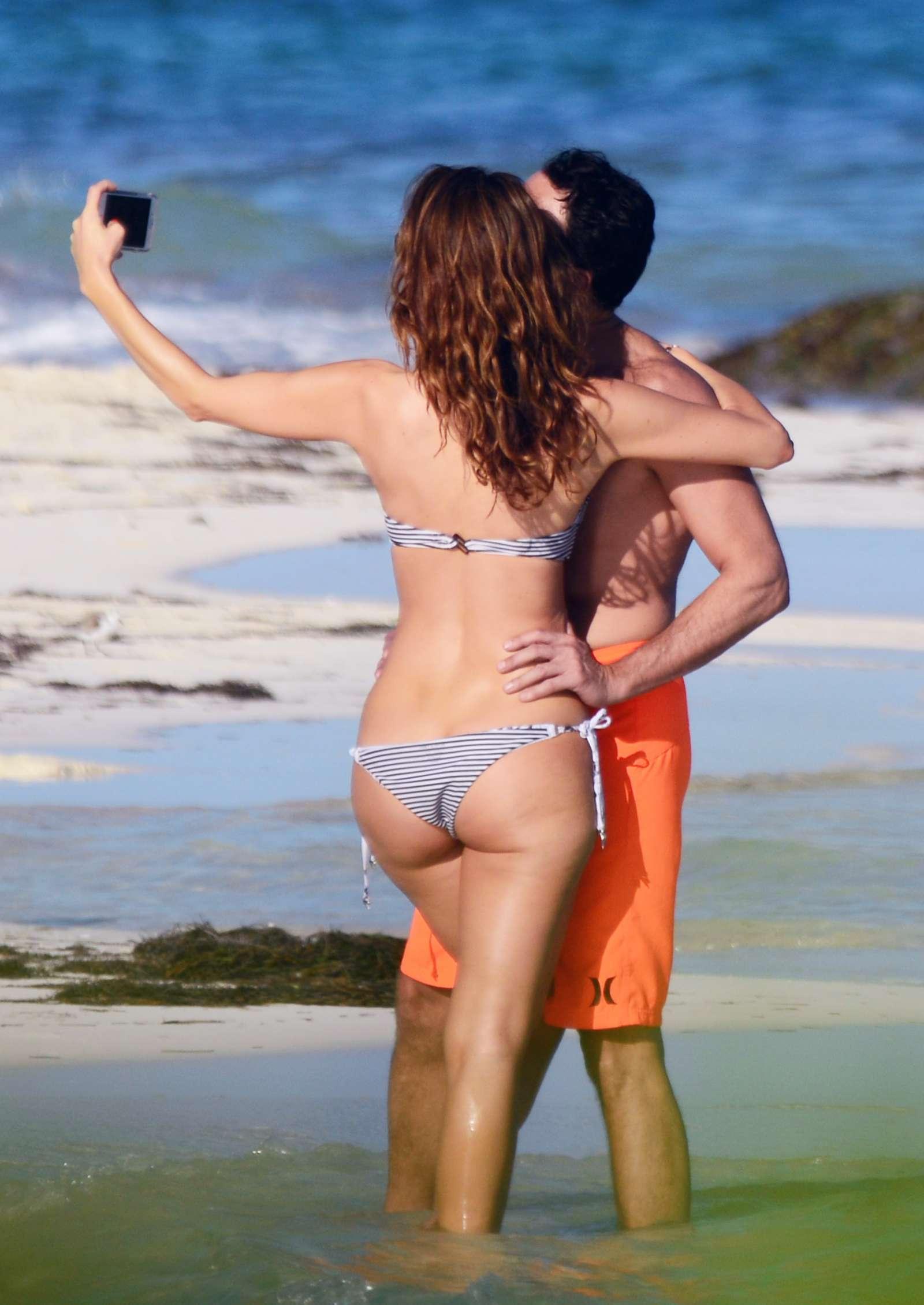 Maria Menounos In Bikini 46