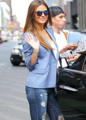 Maria Menounos in Ripped Jeans out in New York