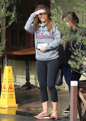 Maria Menounos in Tights at Coral Tree Cafe in Encino
