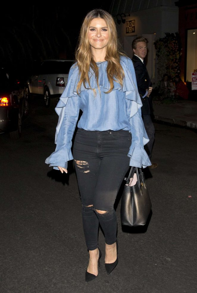 Maria Menounos - Leaving boutique store 'Veronica Beard' in West Hollywood