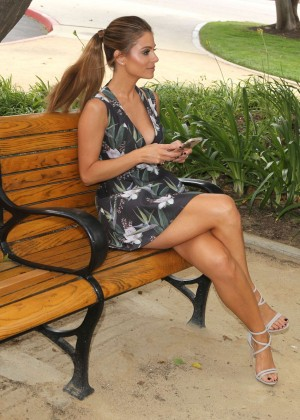 Maria Menounos Leggy in Mini Dress -07