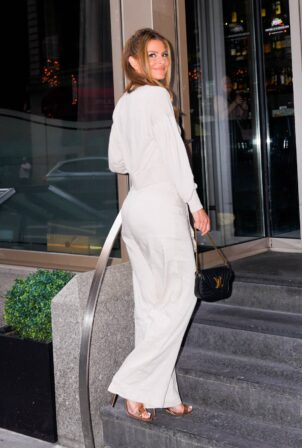 Maria Menounos - Seen at 'Hunt and Fish' club in New York