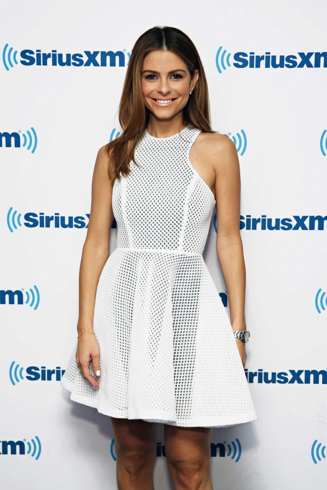 Maria Menounos: SiriusXMs Town Hall with Rob Gronkowski -01