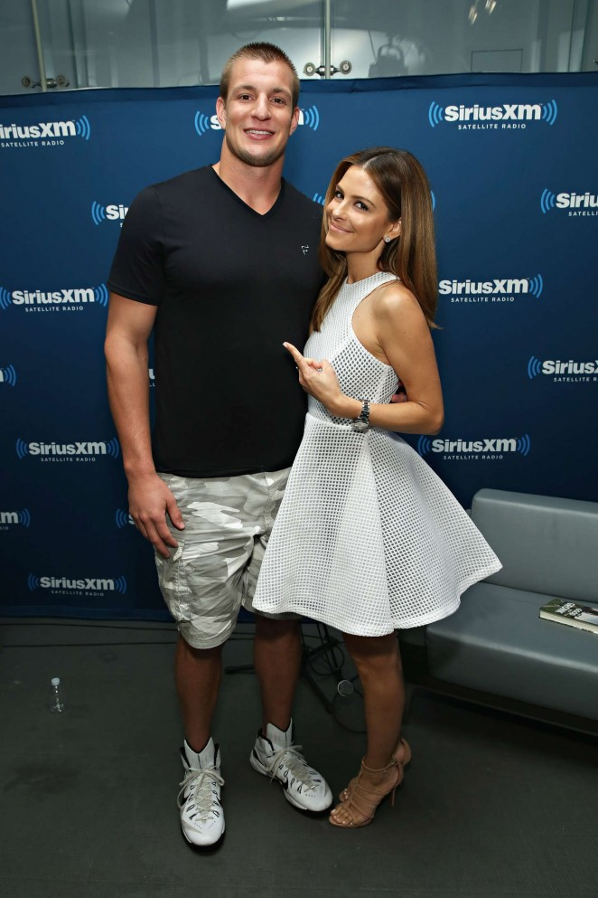 Maria Menounos: SiriusXMs Town Hall with Rob Gronkowski -06