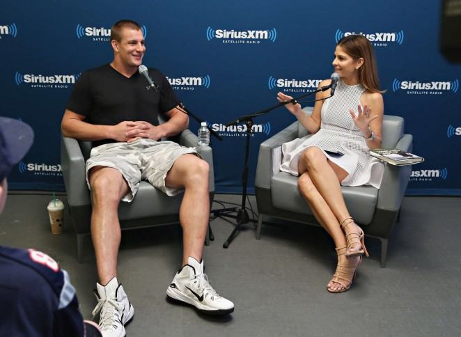 Maria Menounos: SiriusXMs Town Hall with Rob Gronkowski -18