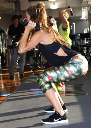 Maria Menounos - Tapout Fitness Event in New York City
