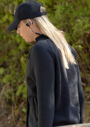Maria Sharapova Arrives at Practice for the Stuttgart Open in Los Angeles