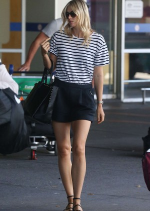 Maria Sharapova Leggy in Shorts at Melbourne Airport