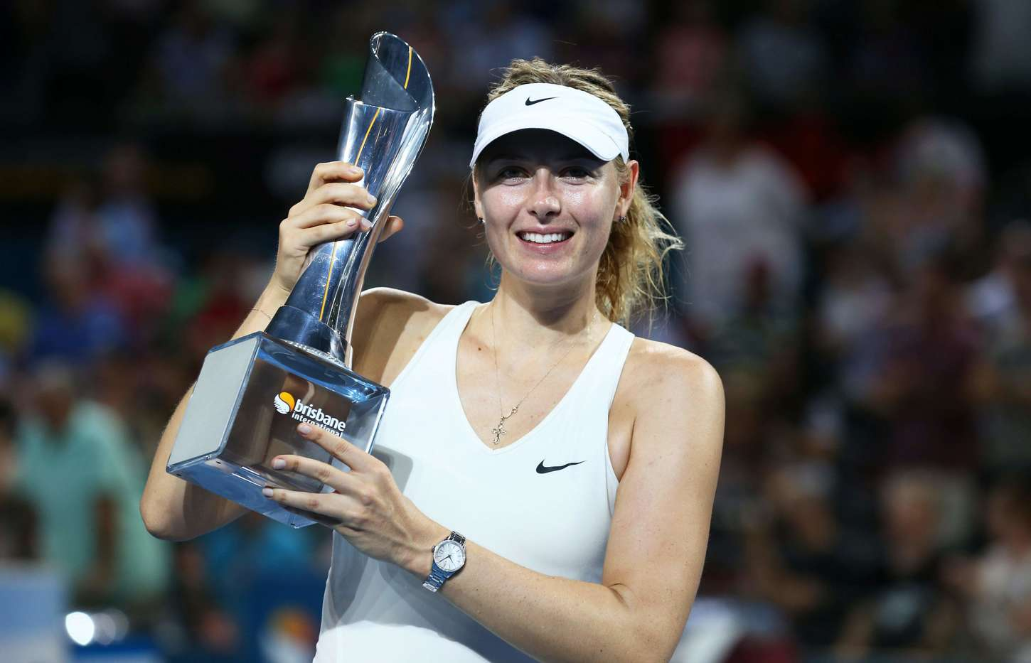 early tests for maria sharapova and simona halep in brisbane  full draw