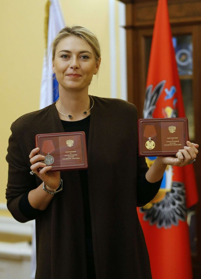 Maria Sharapova holds a Medal of the Order during a Ceremony to present State Awards in Moscow