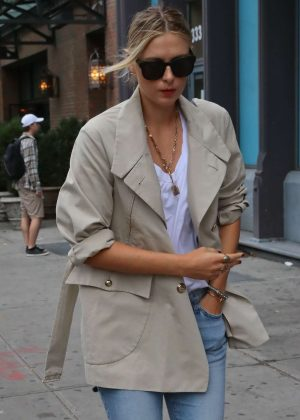Maria Sharapova in Jeans out in New York