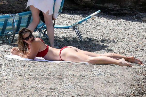 Maria Sharapova 2019 : Maria Sharapova in Red Bikini 2019-01