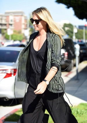 Maria Sharapova Leaves pampering session in Beverly Hills