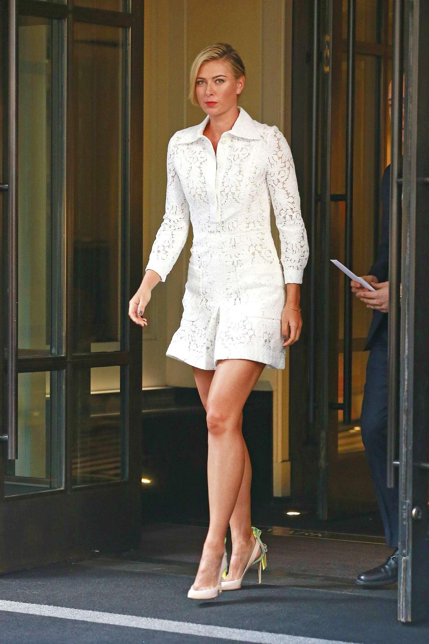 Maria Sharapova In White Mini Dress 09 Gotceleb