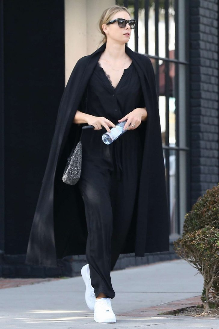 Maria Sharapova: Out for Shopping in West Hollywood -01