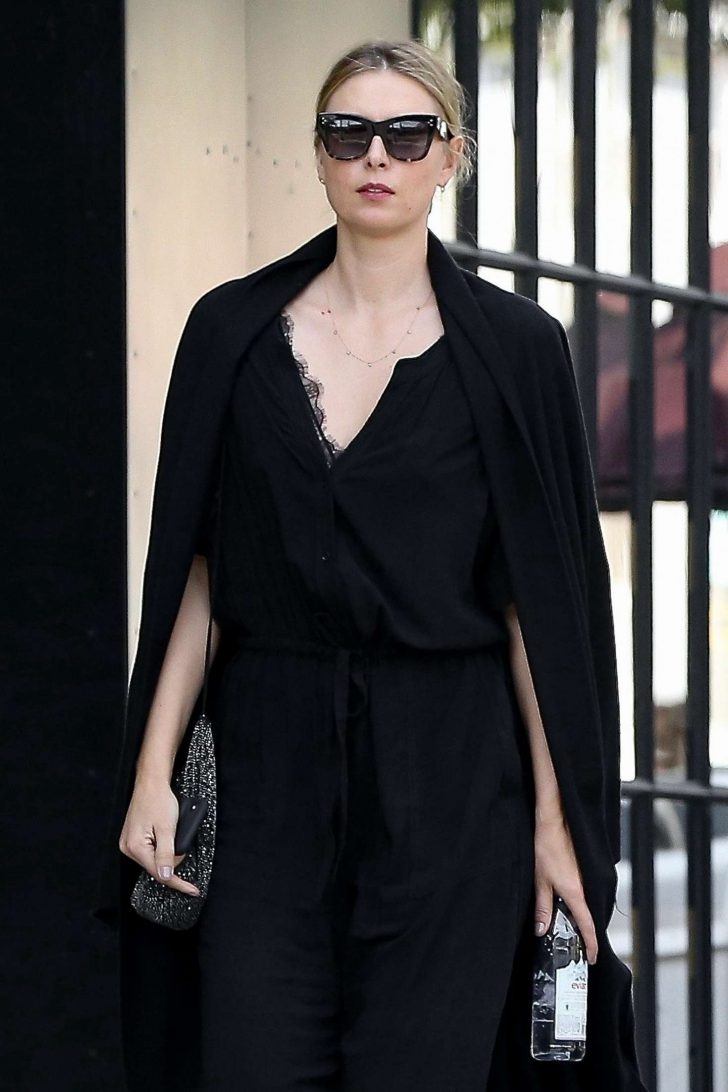 Maria Sharapova: Out for Shopping in West Hollywood -02