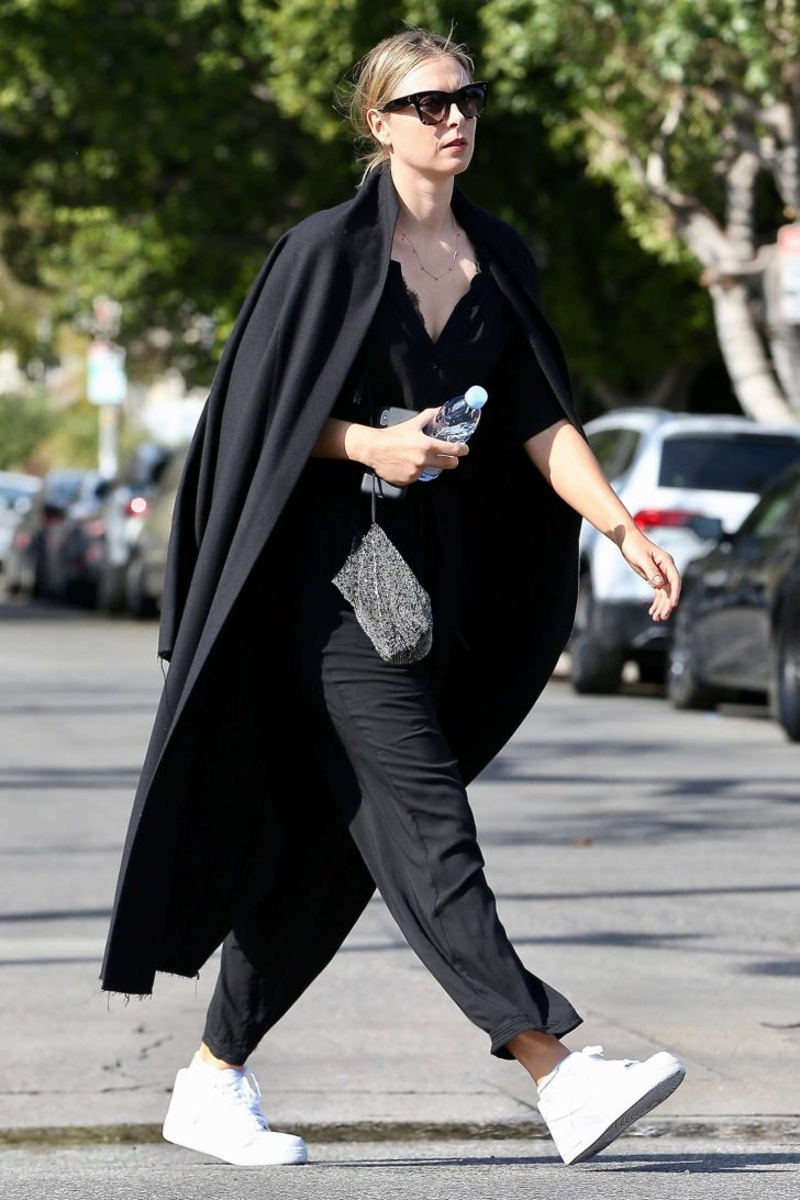 Maria Sharapova: Out for Shopping in West Hollywood -04