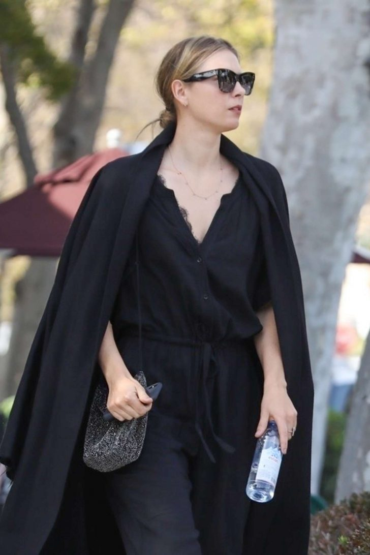Maria Sharapova - Out for Shopping in West Hollywood
