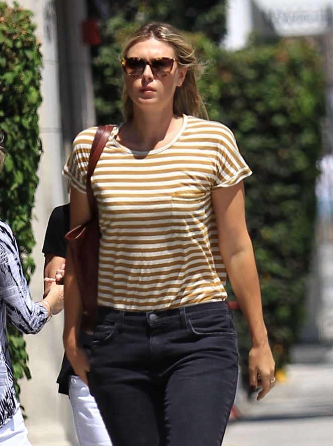 Maria Sharapova out in Los Angeles -07