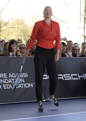 Maria Sharapova - Porsche Grand Prix in Stuttgart