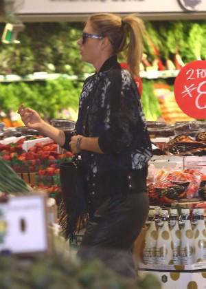 Maria Sharapova: Shopping at Whole Foods -10