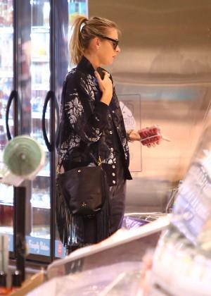 Maria Sharapova: Shopping at Whole Foods -13
