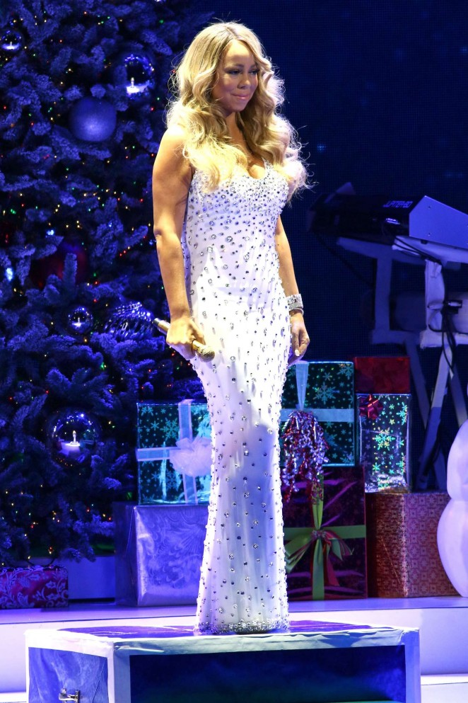 Mariah Carey: 2015 All I Want For Christmas Is You Concert -06 ...