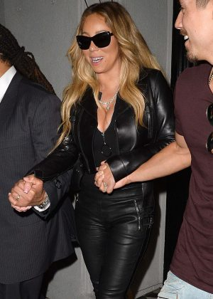 Mariah Carey - Arrives at Jay-Z and Beyonce's On the Run II Tour in Pasadena