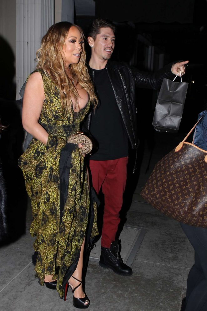 Mariah Carey at Mastros Steakhouse -20