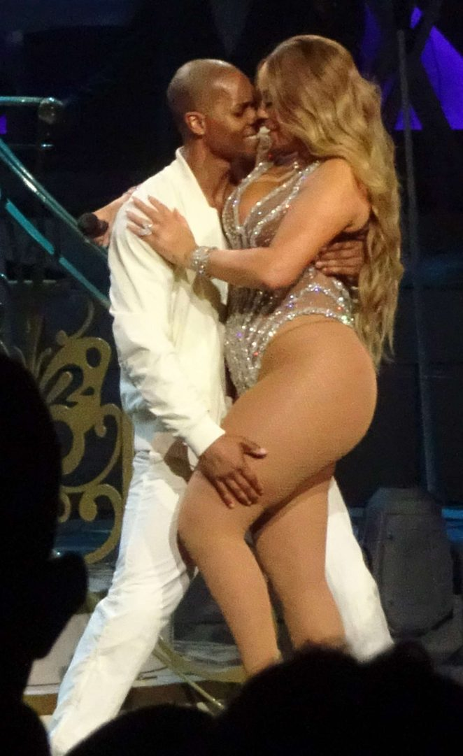 Mariah Carey - Performs at Ceasar's Palace in Las Vegas