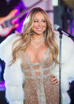Mariah Carey - Performs at the Dick Clark's New Year's Rockin' Eve with Ryan Seacrest 2018 in NY
