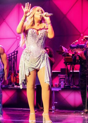 Mariah Carey - Performs Live at the Caution World Tour in Milwaukee