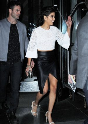 Mini Of Manhattan >> Marie Avgeropoulos in Leather Skirt out in Manhattan
