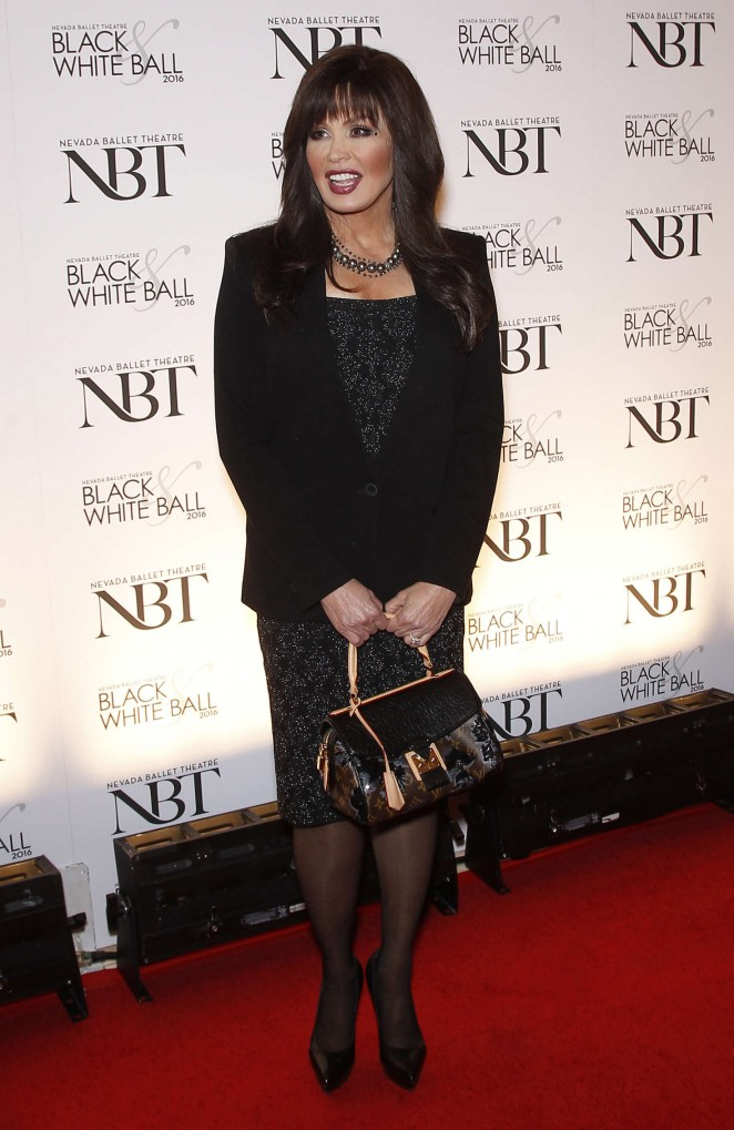 Marie Osmond - Olivia Newton-John is honored as the NBT Woman of the Year in Las Vegas