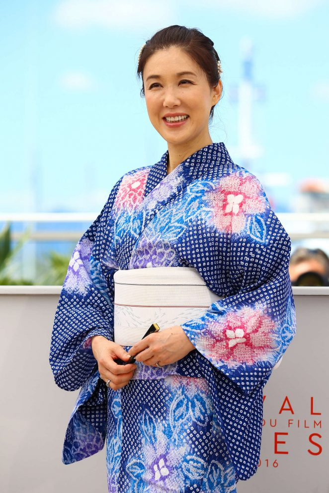Mariko Tsutsui - Harmonium' Photocall at 2016 Cannes Film Festival