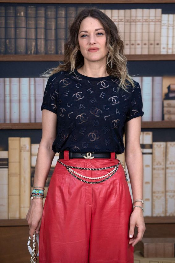 Marion Cotillard - 2019 Paris Fashion Week - Chanel Haute Couture FW 19-20