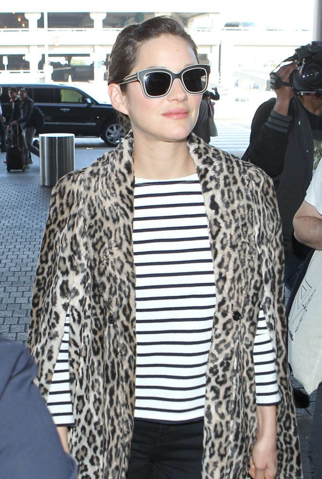 Marion Cotillard at LAX Airport -10