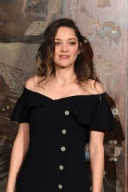 Marion Cotillard - Chanel Metiers D'Art Fashion Show in Paris