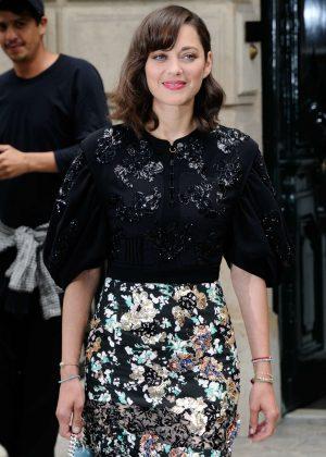 Marion Cotillard - Christian Dior Fashion Haute-Couture F/W 2016/2017 in Paris
