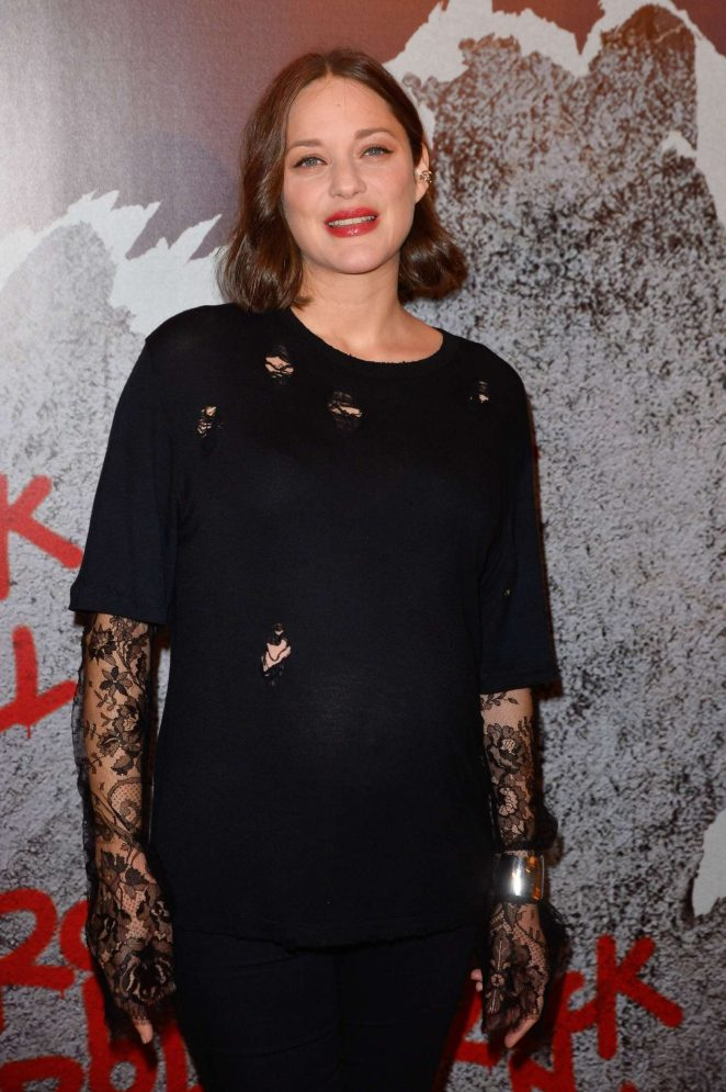 Marion Cotillard - 'Rock'n Roll' Premiere in Paris