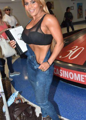 Maripily Rivera - ;Arrives at the airport in San Juan