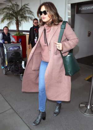 Mariska Hargitay - Arriving at LAX Airport in Los Angeles