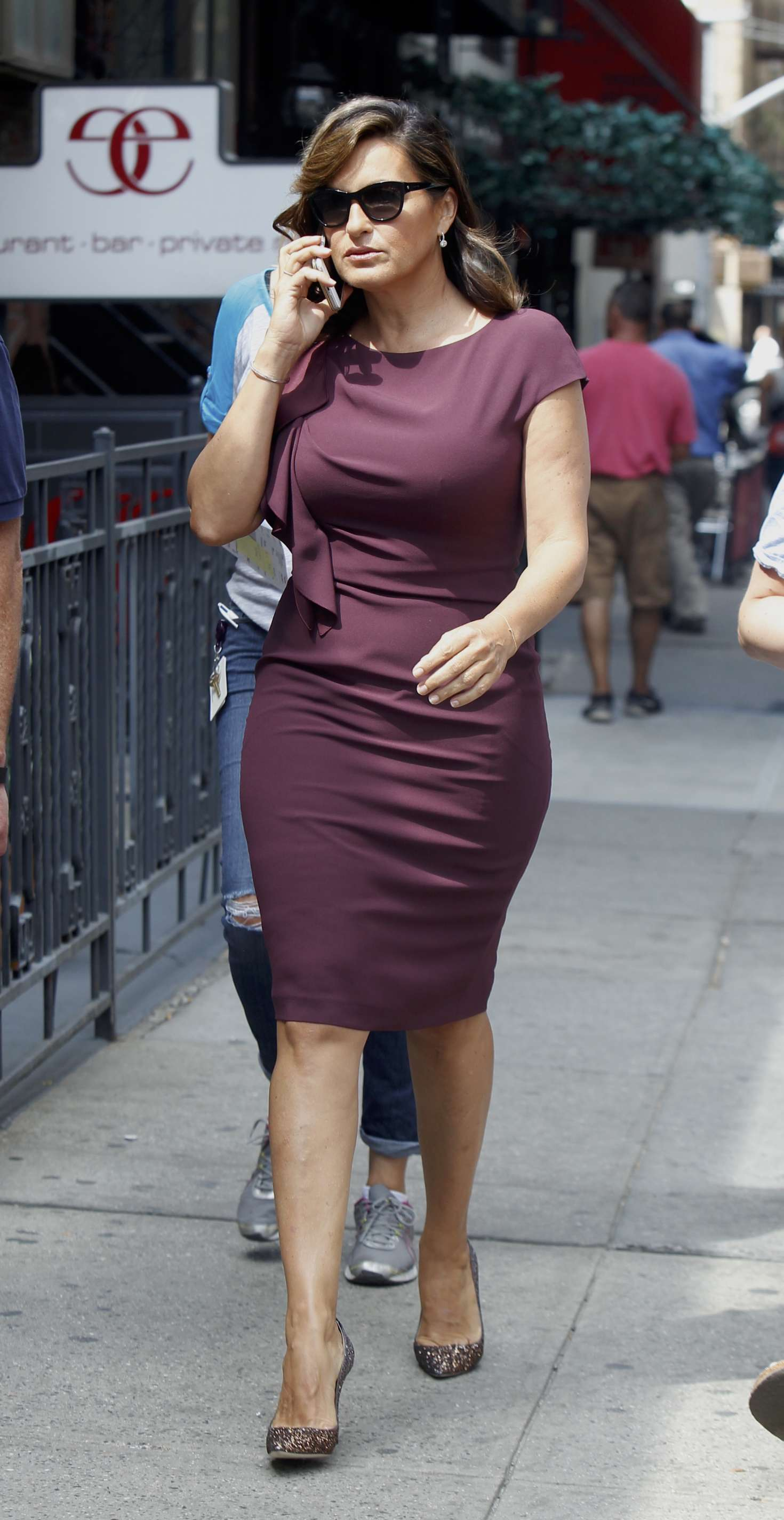 Mariska Hargitay At Law And Order Set 03 Gotceleb