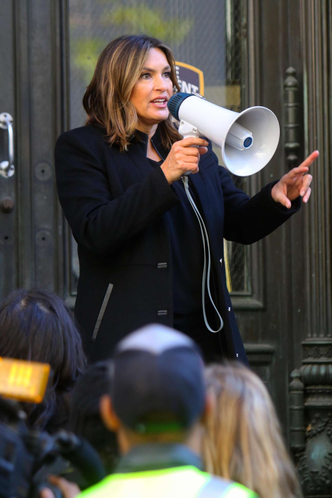 Mariska Hargitay - On the set of 'Law and Order: Special Victims Unit' in NYC