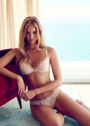Marloes Horst - Wild Hearts by Collette Dinnigan Collection 2015