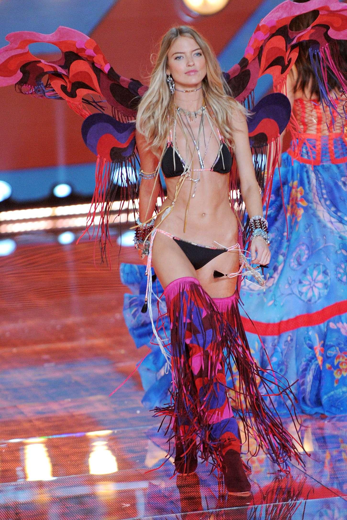 70235317c6 Martha Hunt  2015 Victorias Secret Fashion Show Runway -03 – GotCeleb